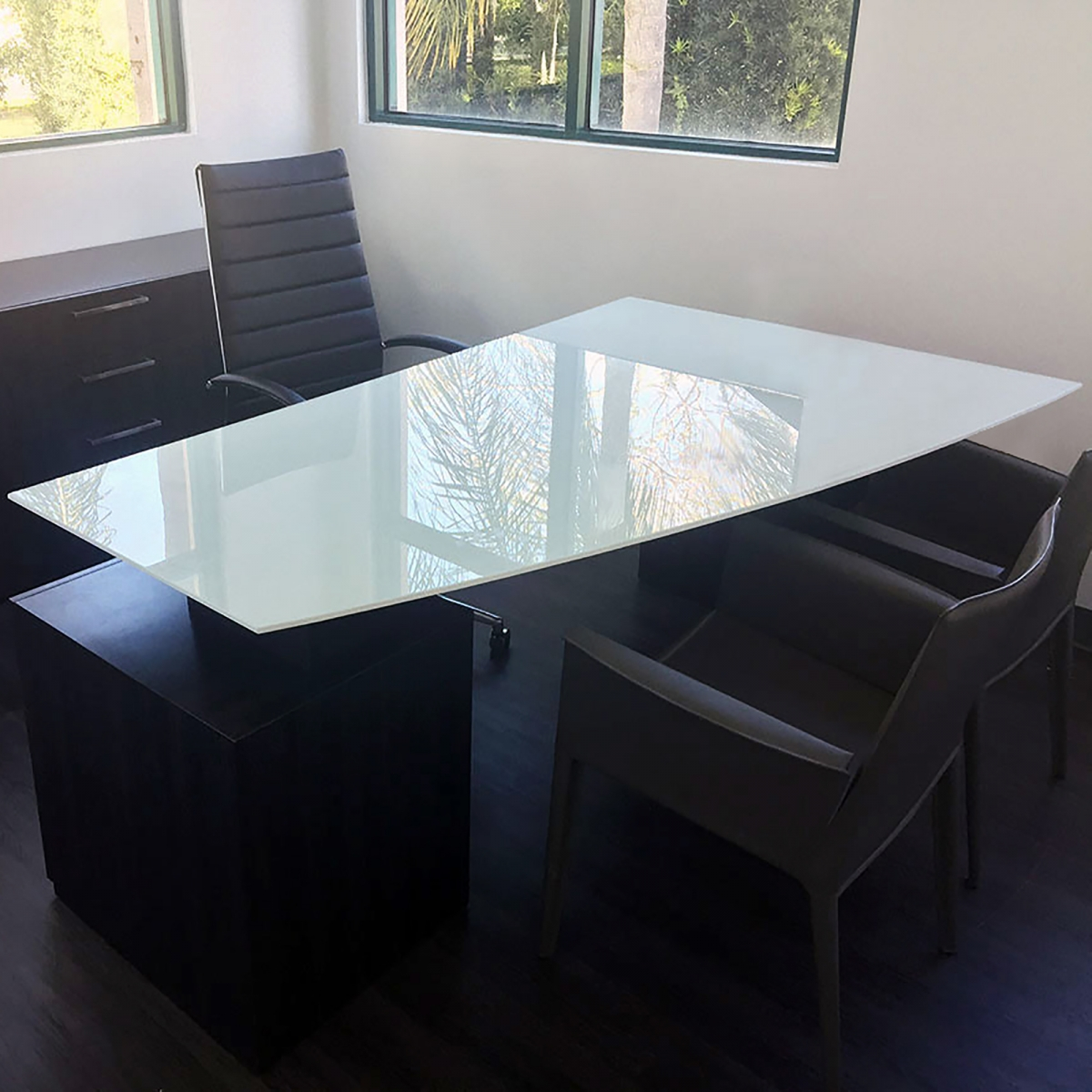 Avenue Curved Glass Top Executive Office Desk