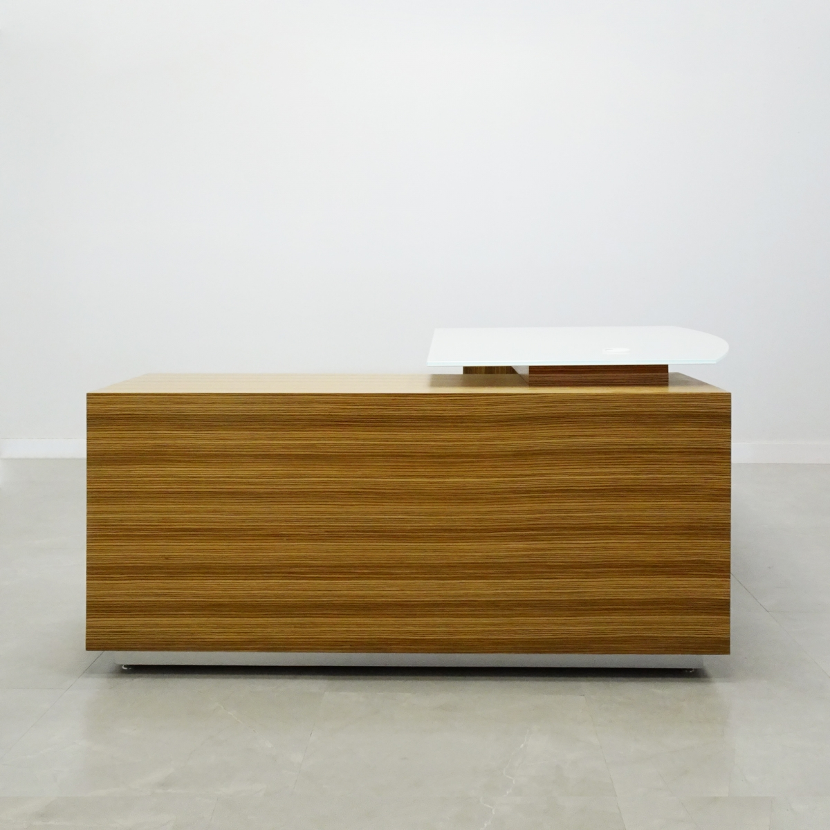 Avenue Curved Glass Top with Credenza