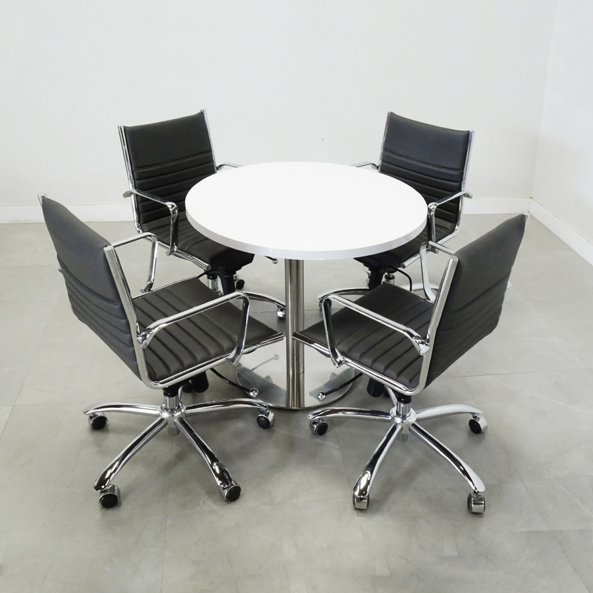 California Round Table with Laminate Top