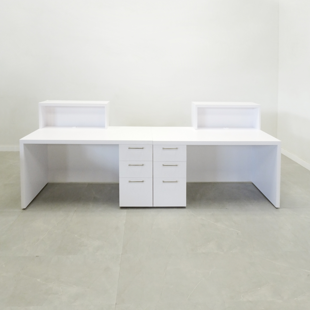 Los Angeles Desk with Double Counter