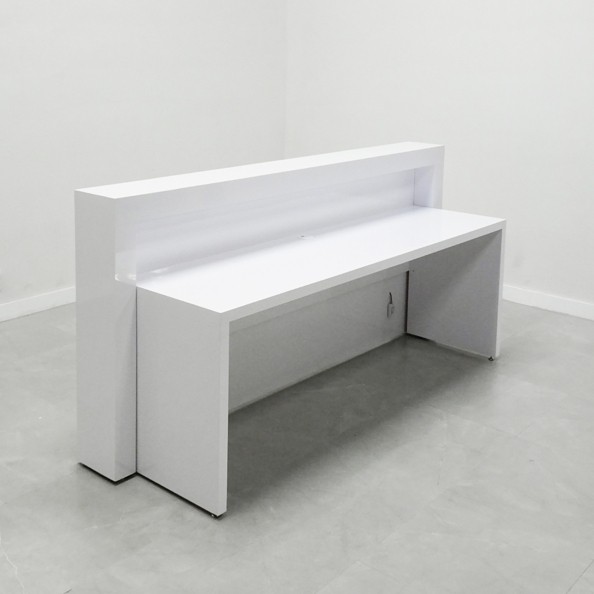 92 In. New York Reception Desk in White Glass Laminate