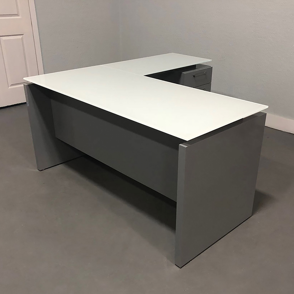 Denver Glass Top L-Shape Desk