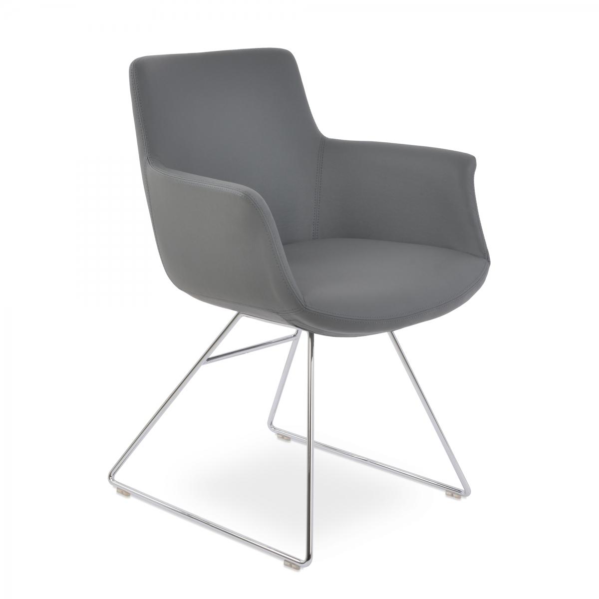 Bottega Arm Wire Guest Chair