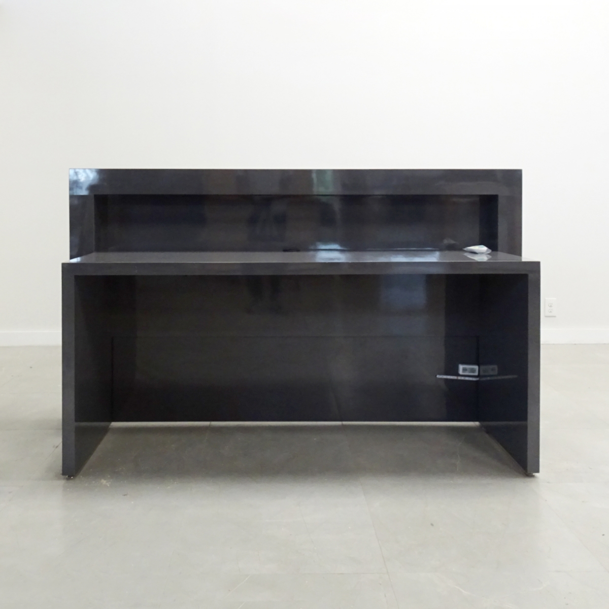 New York Desk in Charcoal Gloss Laminate