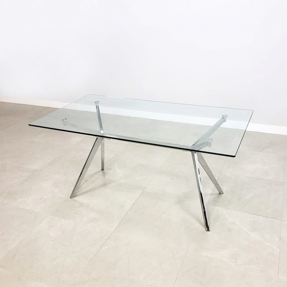 Axis Glass Desk