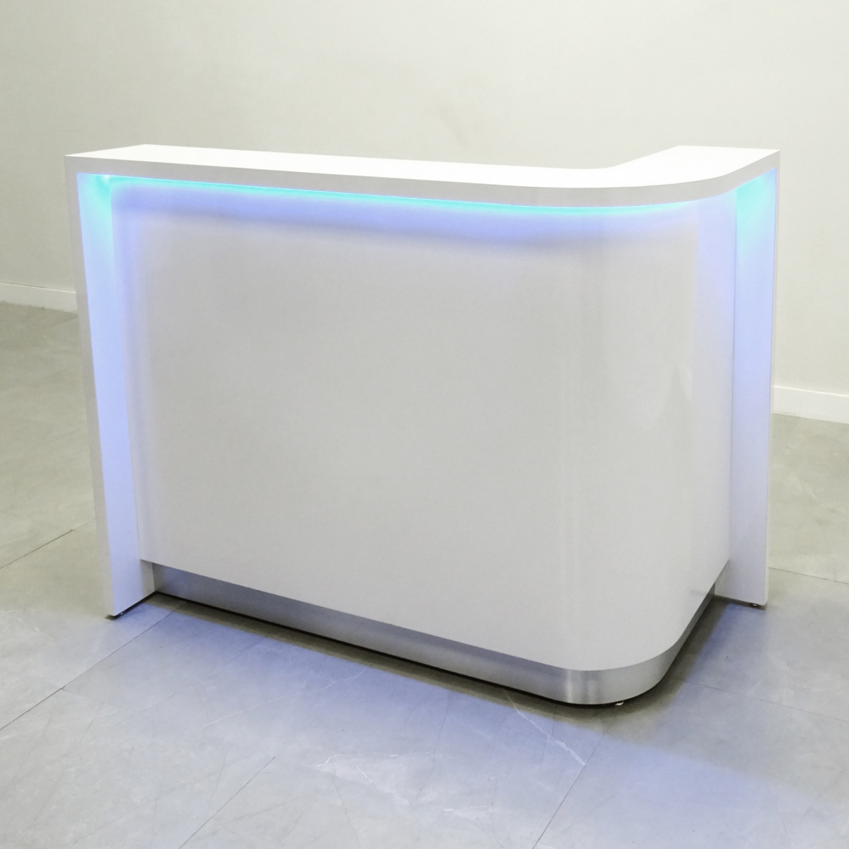 60 In. Austin Curved Reception Desk