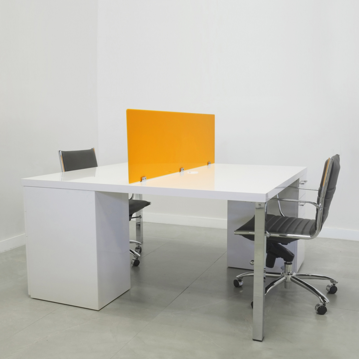60 In. Axis Work Station