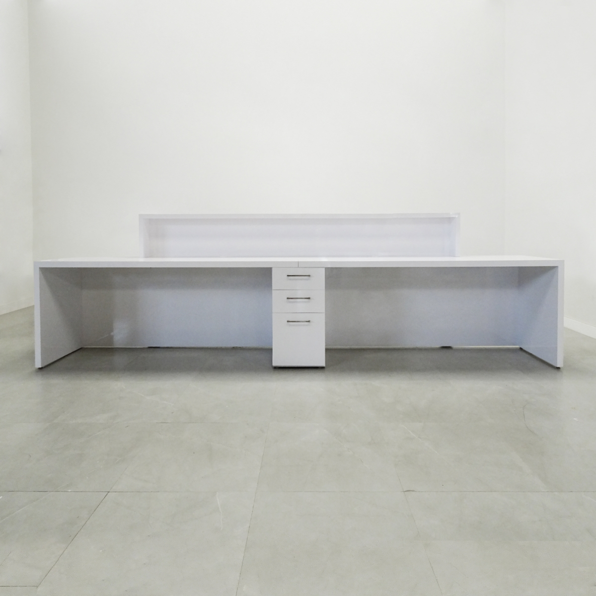 New York Extra Wide Desk
