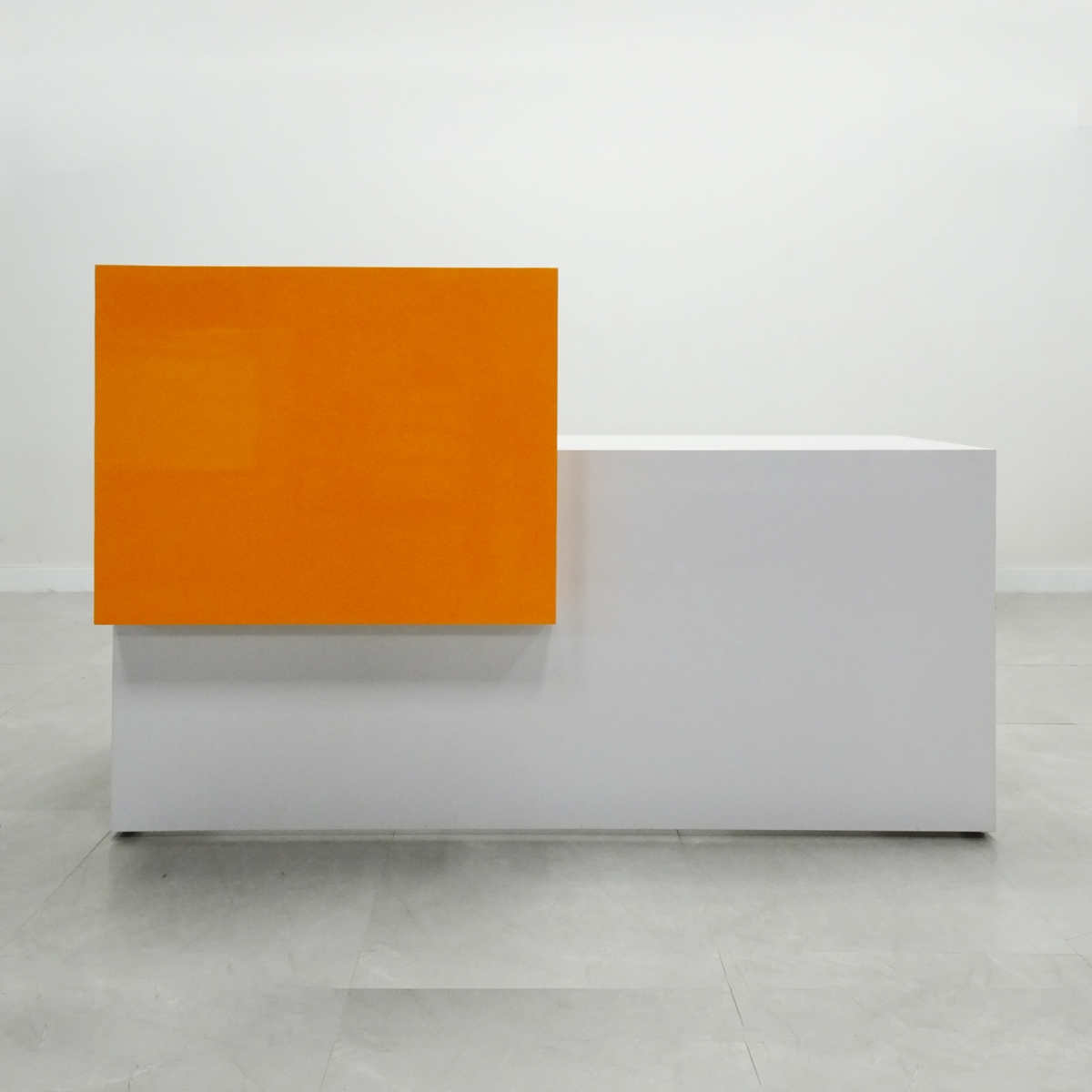 72 In. Los Angeles Reception Desk