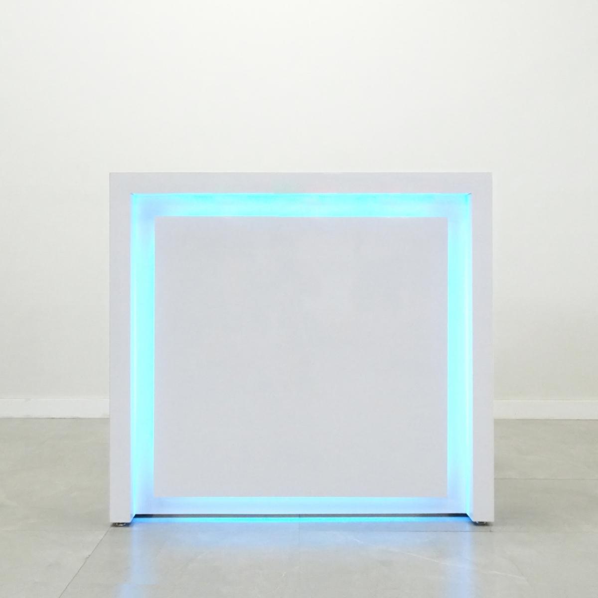 48 In. New York Reception Desk in White Glass Laminate