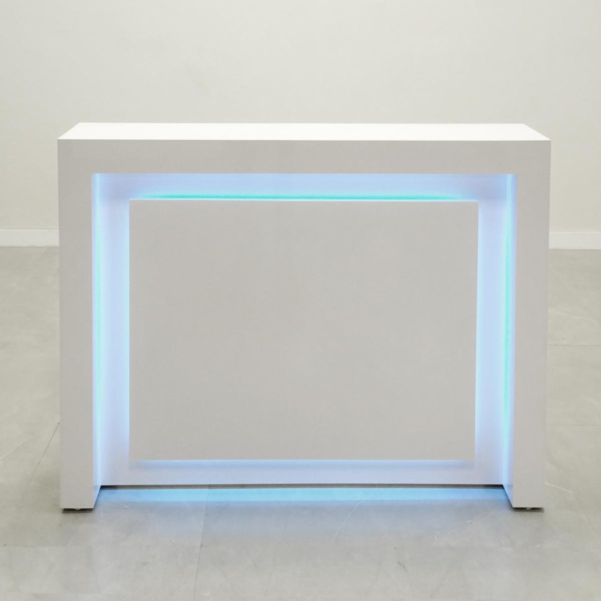 60 In. New York Reception Desk in White Gloss Laminate